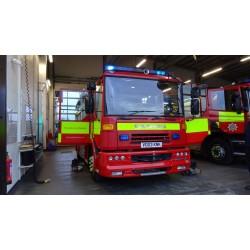 Autospeciala pompieri Dennis Sabre 2004